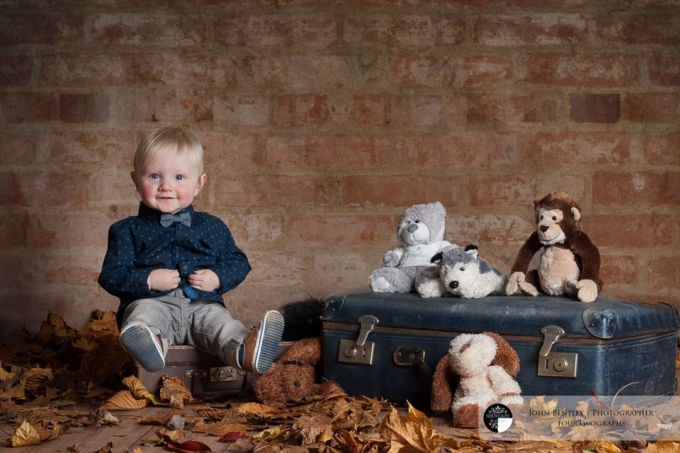 Sam and the teddies